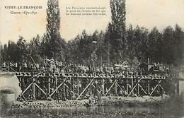 - Dpts Div.-ref-AB845- Marne - Vitry Le François -  Prussiens Reconstruisant Pont De Chemin De Fer - Guerre 1870-71 - - Vitry-le-François
