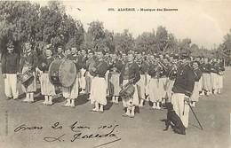 Pays Div - Ref M615-  Algerie - Militaires Militaria - Musique De Zouaves -regiments -regiment  - Carte Bon Etat  - - Algeria