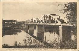 - Dpts Div.-ref-AB807- Indre Et Loire - Nouatre - Pont En Ciment Armé Sur La Vienne - Ponts  - Carte Bon Etat - - France