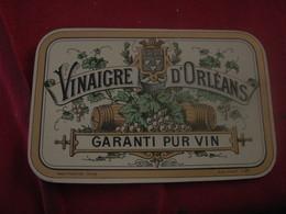 ETIQUETTE VINAIGRE D ORLEANS /LOUIS PLOUVIEZ IMPRIMEUR - Advertising