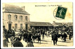 AL 462 - C P A   -  BEAUMONT HAGUE  (50)     LA  PLACE DU MARCHE - Beaumont
