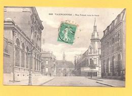 """Carte Postale Noir Et Blanc """" Rue Tolozé Vers La Gare """" à VALENCIENNES - Valenciennes"""