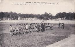 LES SABLES D'OLONNE (85)  Réunion Sportive équipe Féminine De Football Au Parc Des Sports - Sables D'Olonne