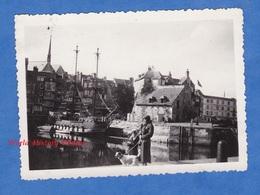Photo Ancienne Snapshot - HONFLEUR - Reconstitution D'une Galère Au Port - 17 Aout 1933 - Bateau Boat Voilier Normandie - Boats