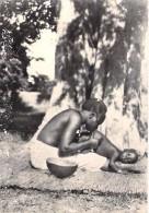 AFRIQUE NOIRE - HAUTE VOLTA Actuel BURKINA FASO - KOUDOUGOU Le Lavement Chez Les MOSSI CPSM Dentelée PF - Blabk Africa - Burkina Faso