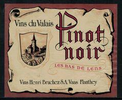 Etiquette De Vin // Pinot Noir Du Pays De Lens, Valais, Suisse - Labels