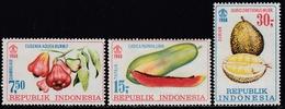 Indonesia 1968 - Fruits: Watery Rose Apple, Papaya, Durio Zibethinus - Mi 623-625 ** MNH - Indonesia