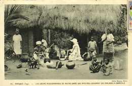 AFRIQUE (Togo) Les Soeurs Missionnaires De Notre Dame Des Apotres Soignant Des Malades à Domicile RV - Togo