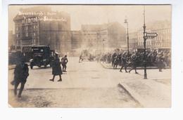 Berlin Strassenkampfe Revolution Spartakiste Kampf Im Scheunenviertel 1918/1919 OLD PHOTOPOSTCARD 2 Scans - War 1914-18