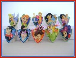Badges Disney .. Série Complète .. Ref AFF : 54-2007 ....( Pan 0028) - Disney
