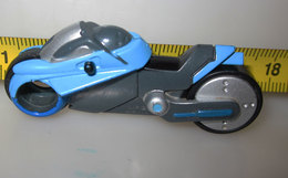 DE115 MOTORRAD  KINDER 2013 DC COMICS - Cartoni Animati