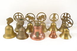 Collection De Cloches En Laiton Ou Cuivre, Semi-moderne. - Cloches