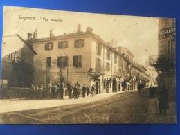 Voghera Via Cavour Animatissima   Viaggiata 1909 - Pavia