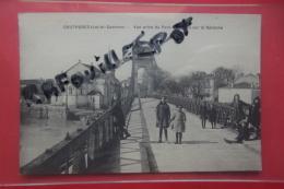 Cp Couthures Vue Prise Du Pont Suspendu Sur La Garonne Animé - Francia