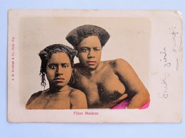 C.P.A. : FIDJI, FIJI : Fijians Maiden, Jeunes Filles Aux Seins Nus, Stamp 1906 - Fiji