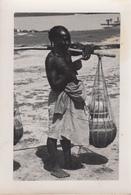 NIAMEY Porteuse D'Eau  Photo - Niger