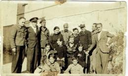 Foto/Photo. Militaria. Soldat, Aviateur Et Enfants. - Guerre, Militaire
