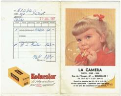 Foto/Photo. Pochette Kodak. La Caméra, Bruxelles. Enfant Et Bulles De Savon. - Supplies And Equipment