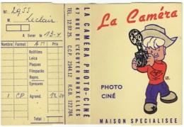 Foto/Photo. Pochette Kodak. La Caméra, Bruxelles. Illustrateur : André Rifal. - Supplies And Equipment