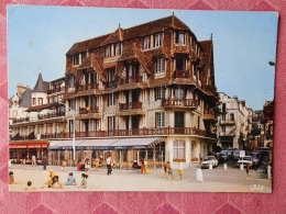 """Dep 14 , Cpm  DEAUVILLE-TROUVILLE  , 2763 , L'Hotel """"Le  Flaubert"""" (155) - Deauville"""