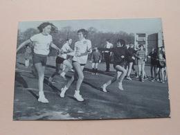 Sport, Spel En Goede Geest Maken Een KNAP CHIROBIVAK ( Foto Gilbert D'Haen) Anno 1973 ( Detail Zie Foto's ) ! - Scouting