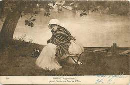 D-18-1295 : JEUNE FEMME AU BORD DE L'EAU PAR HEILBUTH - Paintings
