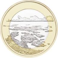 Finland     2018     5 Euro Munt  Landschappen-paysages  Saaristomeri  UNC - Finlandia
