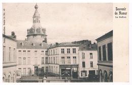 CPA Dos Non Divisé : Souvenir De NAMUR , Le Beffroi , Café Du Beffroi , Chez Cavalierie Hubin .. - Namur