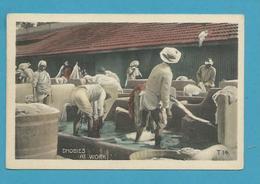 CPA Inde India Britannique Anglaise Non Circulé Métier Dhobies Au Travail - Inde
