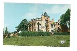 Env. De St Thomas De Conac - Chateau Des Cheminées - 212 - France