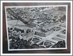 Photo Aerienne  Ancienne De  VERSAILLES (78) - 17 X 23 Cm -  Photo AERO PHOTO ( Tampon) - Places