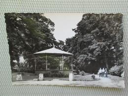 Bavay . Le Parc . Kiosque - Bavay