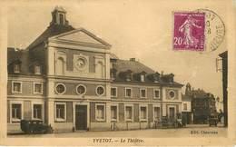Dép 76 - Théatres - Voitures - Automobile - Yvetot - Le Théatre - état - Yvetot