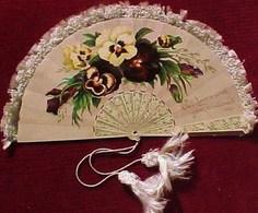 Carte XIX°  VALENTIN  EVENTAIL Frangé  DENTELLE & SOIE BELIERE,1882 , VICTORIAN CARD FAN FLOWERS, Fringed SILK ,PRANG - Flowers