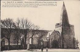D56 - EGLISE DE N.-D. DE LARMOR - PORCHE DATANT DU XVIe SIECLE ET TOUR CONSTRUITE EN 1615 - Autres Communes