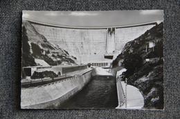 Barrage De BORT LES ORGUES - Francia