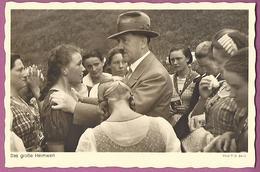 Orig. Foto AK, Oberfalzberg Österreichische  Mädels Beim Führer ,Das Große Heimweh - Guerre 1939-45