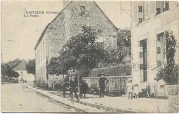 23 - BASVILLE (Creuse) - La Poste. Animée, CPA Peu Courante Ayant Circulé En 1920. BE. - France
