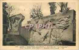CPA Lyon Monument Aux Morts Bas Relief La Victoire (Tony Garnier Architechte C Grange Sculptureur) - Lyon