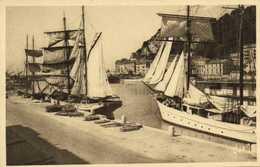 NICE  Le Port Beaux Voiliers RV - Transport Maritime - Port