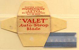 "Rasage. Razor Blade. Lame De Rasoir. Lame ""valet"" Auto-strop Blade. Lot De 2 Lames Dont Une ""Property Of U.S. Army. - Razor Blades"