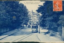 57  THIONVILLE  / Avenue De La Gare Et Hôtel Terminus / - Thionville