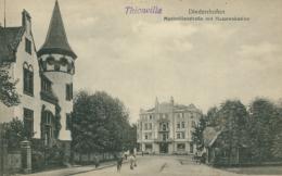 57  THIONVILLE  / Maximilianstrasse Mit Husarenkasino / - Thionville