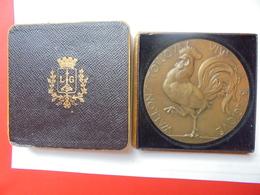 LIEGE WALLONS TOUJOURS-VIVE LA BELGIQUE-GRAVEUR:GEORGES PETIT(1879-1958)  118 GRAMMES-70 Mm - Professionali / Di Società
