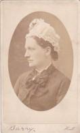 CDV PHOTO -  LADY WEARING HAT  .  HULL  STUDIO - Old (before 1900)