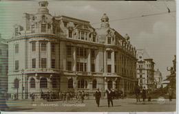 BUCURESTI - UNIVERSITATEA - BIANCO / NERO - TRAVELING 1929 - ANIMAT - PENTRU TRIESTE -ITAL - Romania