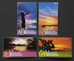VANUATU 2005 SUNSETS SHELLS CONCH SET MNH - Vanuatu (1980-...)