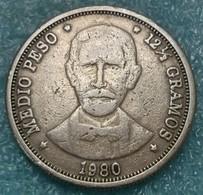 Dominican Republic ½ Peso, 1980 - Dominicana