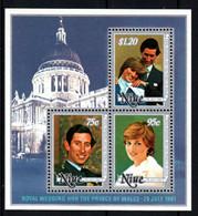NIUE  Mariage Prince Charles Lady Diana  Neufs Sans Charnière N° Yv BF 48 - Niue