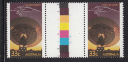 Australia 1986 MNH Scott #982 33c Radio Telescope, Trajectory Diagram Halley's Comet Gutter Pair - 1980-89 Elizabeth II